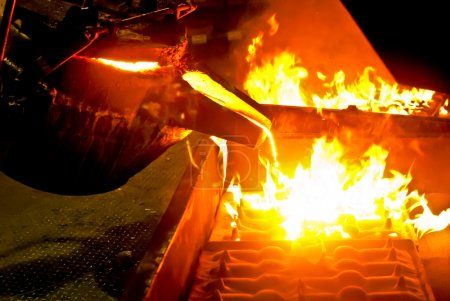 Metal casting process with high temperature fire i...