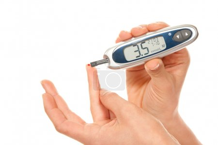 Diabetes patient measure glucose level blood test