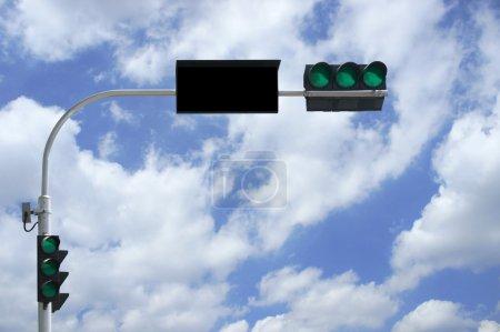 3 green traffic