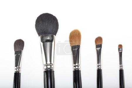 A set of 5 make-up brushes