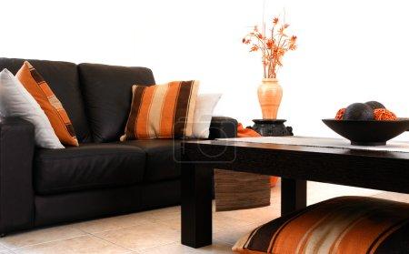 Photo pour Intérieur orange et marron moderne - image libre de droit