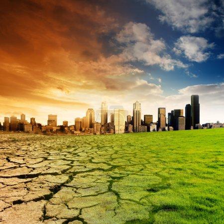Photo pour Effet du réchauffement de la planète sur une ville - image libre de droit