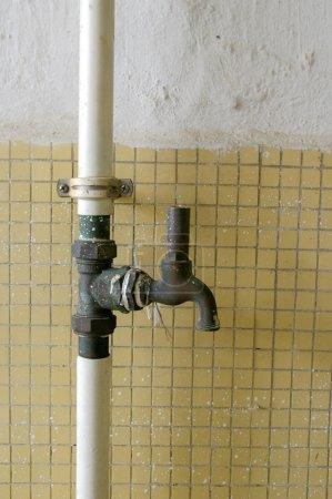 Metal water pipelines