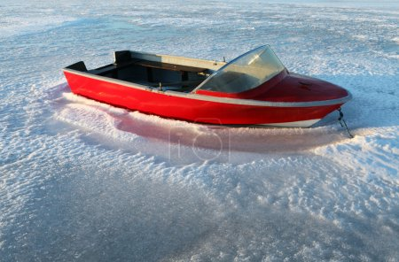 Boat winter frost ice