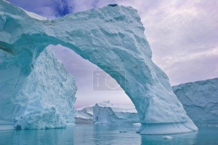 Iceberg arch