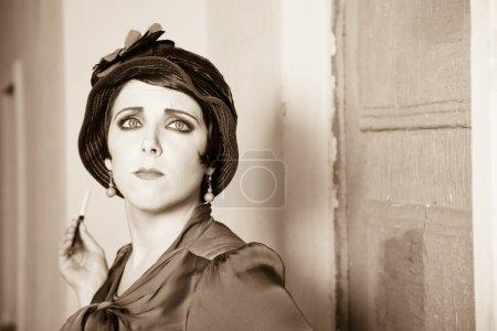 Photo pour Mode rétro style portrait de femme - image libre de droit