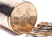 Zblízka z hromádky zlaté mince