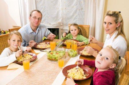 Family doing their breakfast