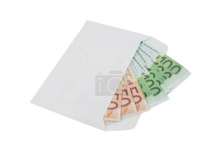 Photo pour Cinquante et un cent billets dans une enveloppe isolé sur fond blanc - image libre de droit